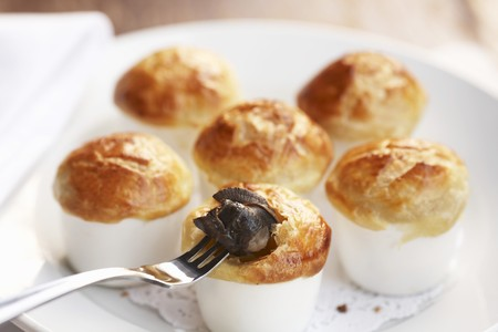 pastes: Baked Escargot in Puff Pastry LANG_EVOIMAGES