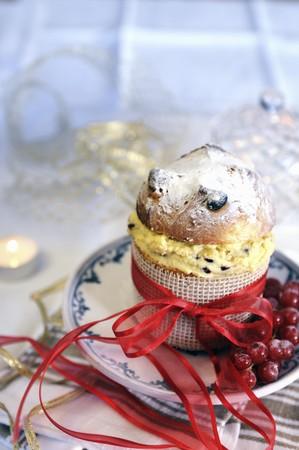 mascarpone: Mini panettone filled with mascarpone cream