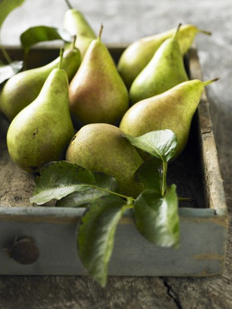 aaa: Pears in a drawer LANG_EVOIMAGES