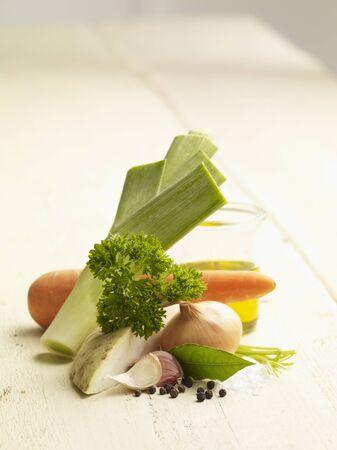 petroselinum sativum: Ingredients for vegetable stock LANG_EVOIMAGES