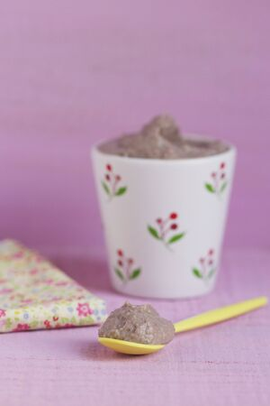 aduki bean: Sweet bean cream with cinnamon, vanilla, almonds and hazelnuts LANG_EVOIMAGES