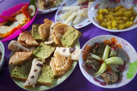 several breads: Lovo, Melanesian Food, Naveyago Village, Sgatoka Valley, Viti Levu, Fiji LANG_EVOIMAGES