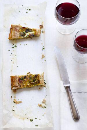 savoury: Торты Рустика (чабер торт с грибами и Scamorza сыра, Италия)