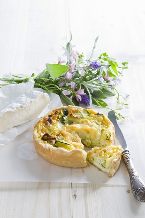 cocozelle: Courgette quiche, brie and a bunch of herbs
