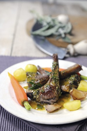 petroselinum sativum: Lamb chops with potatoes, carrots and a parsley and mustard sauce