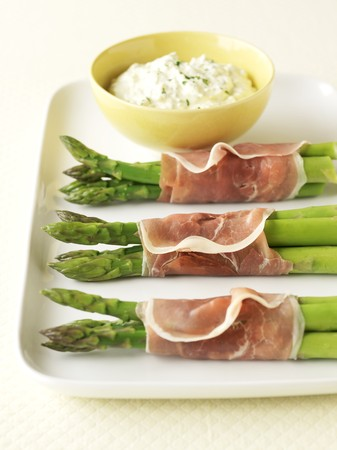 coatings: Prosciutto Wrapped Asparagus with Boursin LANG_EVOIMAGES
