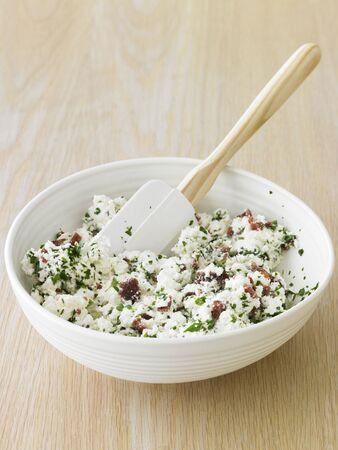 pancetta cubetti: Ripieno di ricotta con pancetta e erbe
