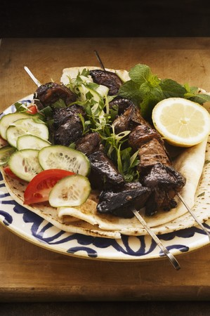 qs: Pork kebabs with a red wine marinade