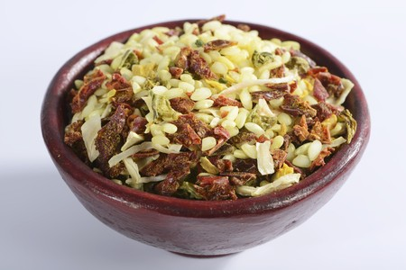 petroselinum sativum: Vialone Nano risotto rice with dried vegetables and seasoning (filling the image)