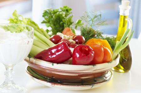 crudite: Healthy eating: vegetables, olive oil, yoghurt and quark