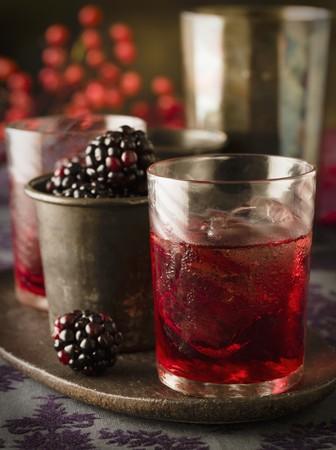 brambleberry: Licor de moras con cubitos de hielo LANG_EVOIMAGES