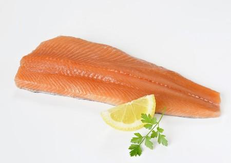 salmo trutta: Salmon trout fillet LANG_EVOIMAGES