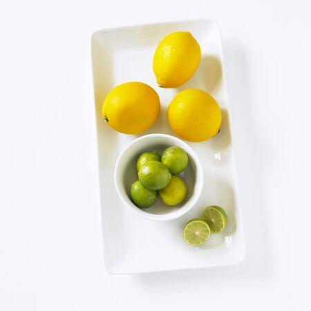 limon: Key Limes and Meyer Lemons LANG_EVOIMAGES