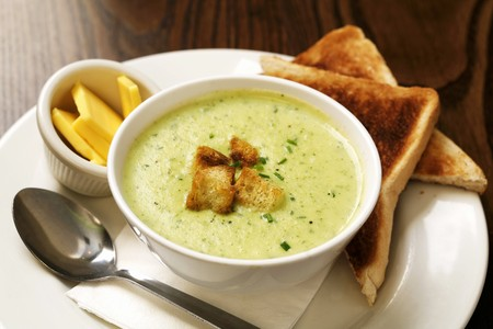 croutons: Herb soup with croutons