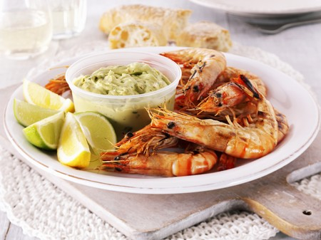 gambas: Grilled king prawns with guacamole
