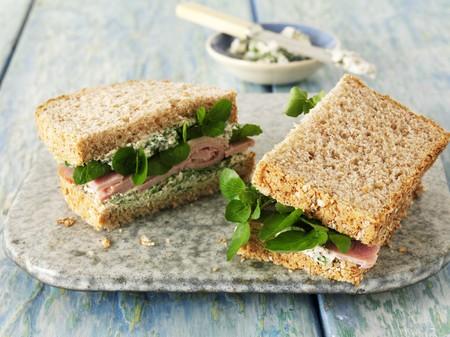 ham sandwich: Panino al prosciutto con crescione