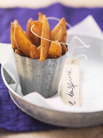 potato wedges: Spicy potato wedges