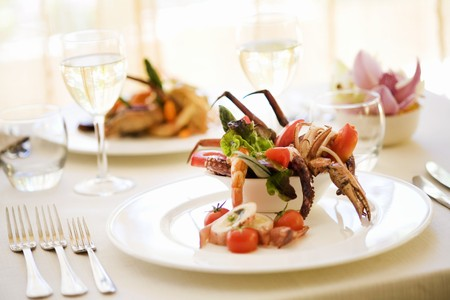 marine crustaceans: Salad with octopus and crab