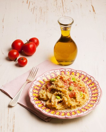 southern european: Lasagnette pasta with bean ragout and olives (Puglia, Italy) LANG_EVOIMAGES