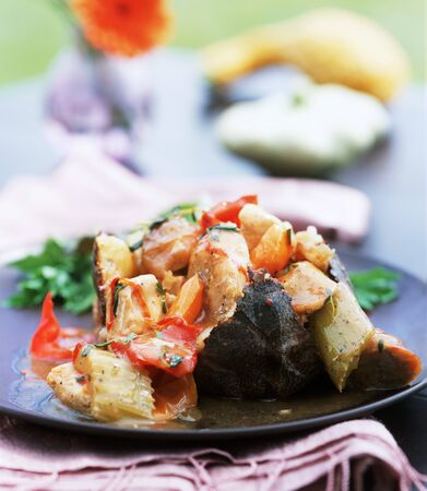 food: Chicken stew with sausage, vegetables and potatoes LANG_EVOIMAGES