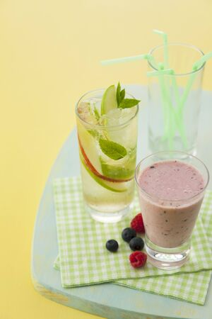 berry smoothie: Berry smoothie and a sparkling apple and mint drink