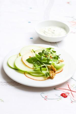 tout: Waldorf salad with sugar snap peas