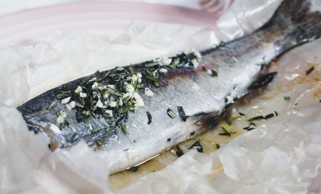 salmo trutta: Trout with garlic and herbs