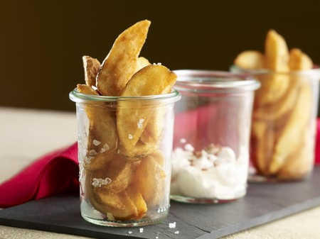 peppery: Potato wedges with a peppery dip