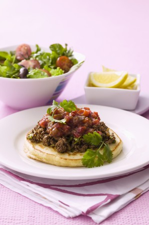 savoury: Savoury pancakes with minced meat and a side salad LANG_EVOIMAGES