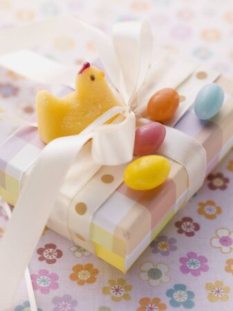 jellybean: An Easter parcel with fondant chicks and sugar eggs