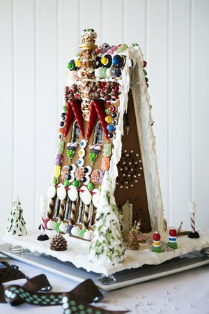 dragees: Artistic gingerbread house LANG_EVOIMAGES