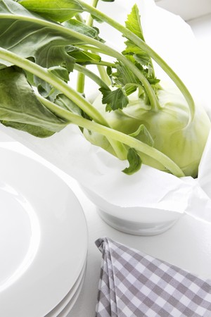 rabi: Kohlrabi in a bowl with paper