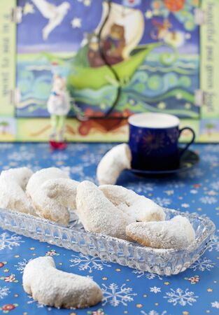 sucre glace: Vanilla crescents with icing sugar