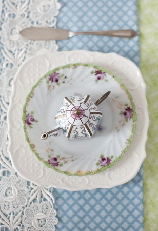 teaset: Decorative Tea Pot on a Plate; From Above