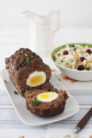pastel de carne: Huevo Pan con carne con ar�ndano Ensalada de Col
