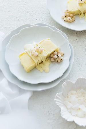 parfait: Mango parfait with whitecurrants