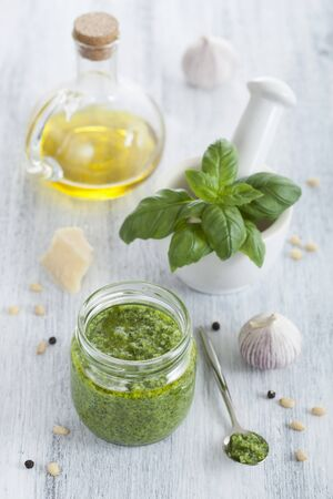 pine kernels: Pesto and ingredients