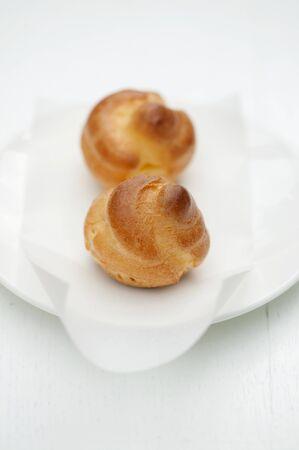 puffs: Mini cream puffs