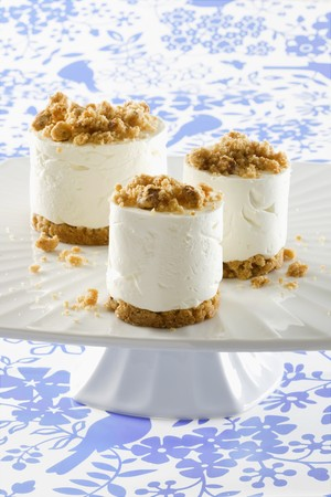 turned out: Quark dessert with crumble