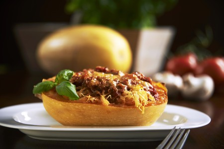food: Spaghetti squash filled with tomato sauce and mushrooms, topped with cheese and baked LANG_EVOIMAGES