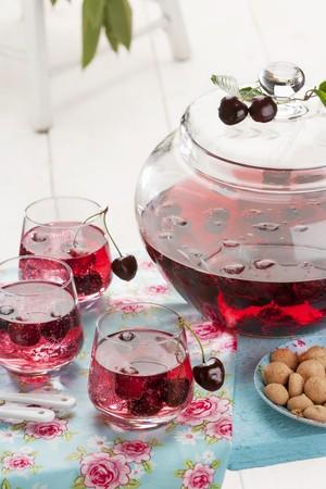 amaretto: Cherry and amaretto punch