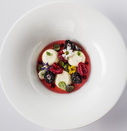 blancmange: Pannacotta with berries strawberry juice and flower LANG_EVOIMAGES