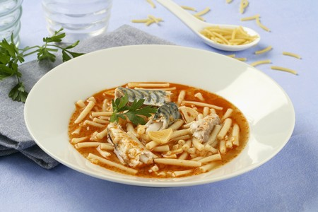 andalusian cuisine: Mackerel with noodles (Andalusia) LANG_EVOIMAGES