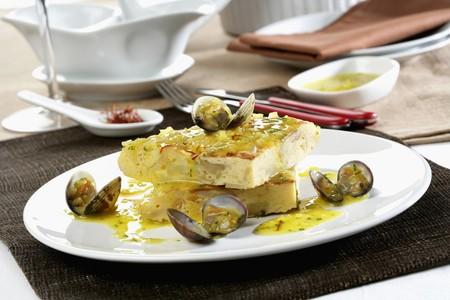 almejas: Tortilla stew with clams *** Local Caption *** Tortilla guisada con almejas LANG_EVOIMAGES