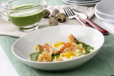 gambas: Creamed spinach and apple shrimp *** Local Caption *** Crema de espinacas gambas y manzana LANG_EVOIMAGES