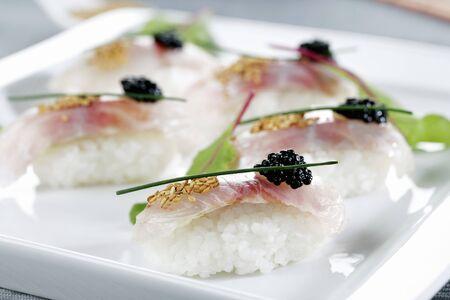 daurade: Bream sushi