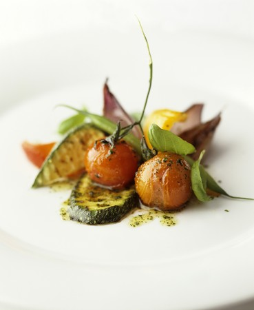 cocozelle: Fried courgette and cherry tomatoes with basil LANG_EVOIMAGES