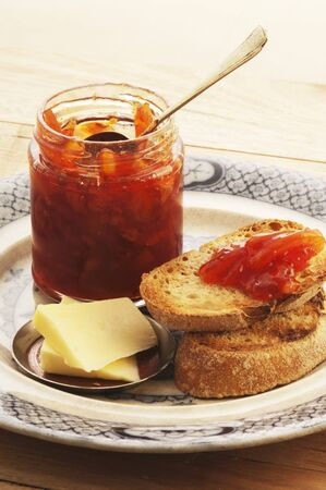 perishable: Blood orange & Campari marmalade with bread and butter LANG_EVOIMAGES