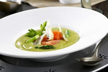 creamed: Creamed asparagus soup with salmon