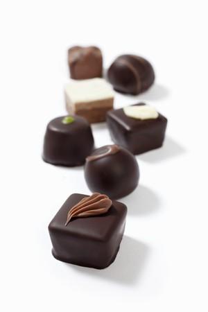 bonbon chocolat: Heart Shaped chocolat blanc Candy avec les chocolats au lait LANG_EVOIMAGES
